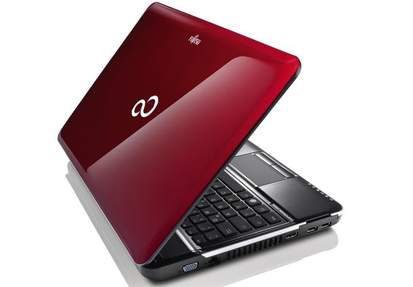 Fujitsu Lifebook AH531 Garnet Red 4GB