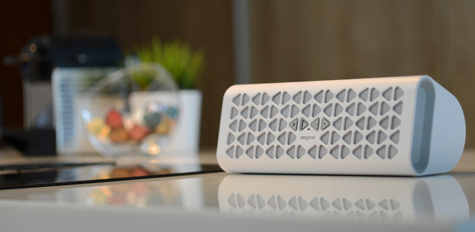 Creative MUVO 20 Portable Wireless Speaker with NFC (White)